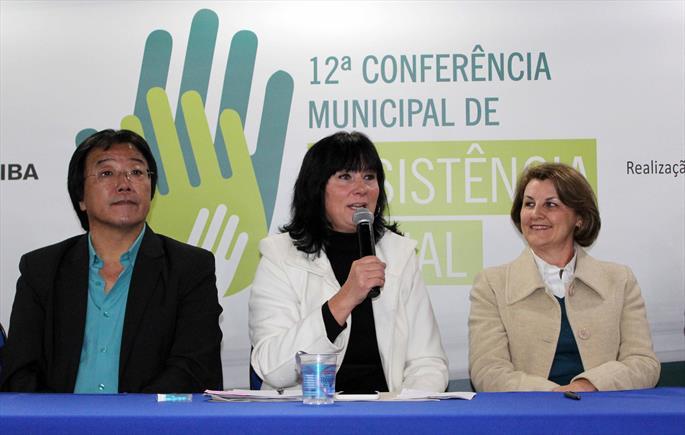 Profissionais avaliam assistência social no município