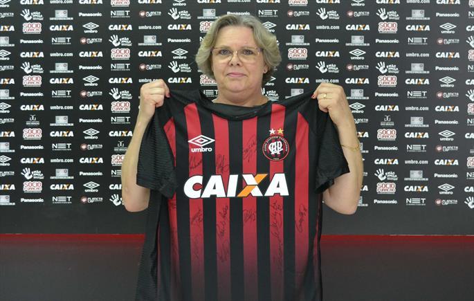 Empresária é a ganhadora da segunda camisa do Atlético