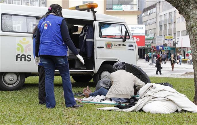 Prefeitura aumenta abordagens sociais a pessoas em situação de rua